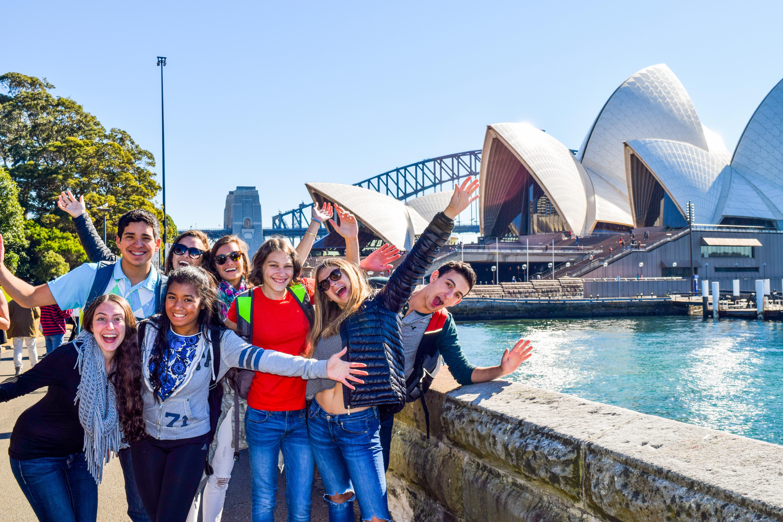 Summer Program - Promoting Volunteerism | Travel For Teens: Australia and Hawaii Service