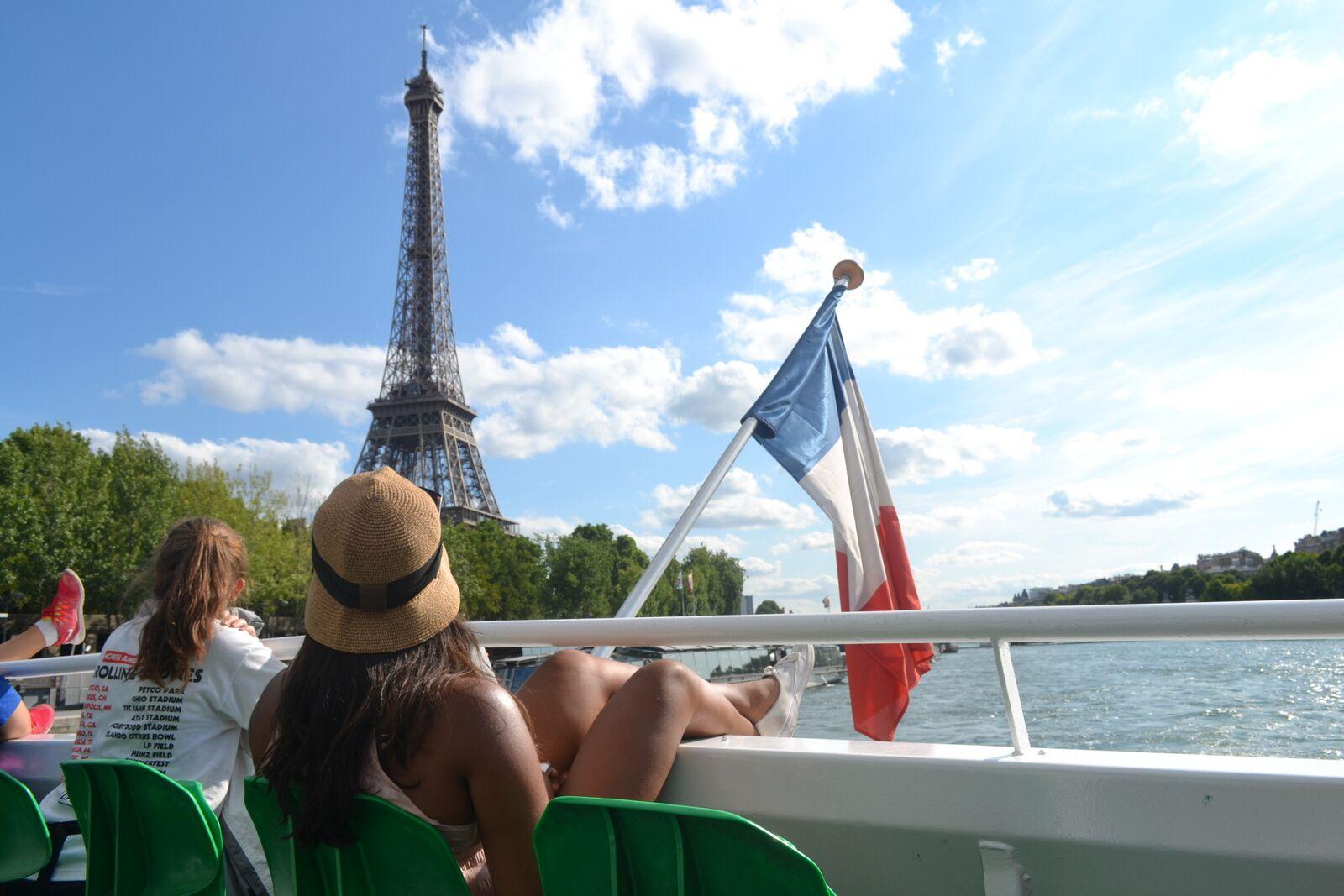 Summer Program - Adventure/Trips   Travel For Teens: Berlin, Paris, and London