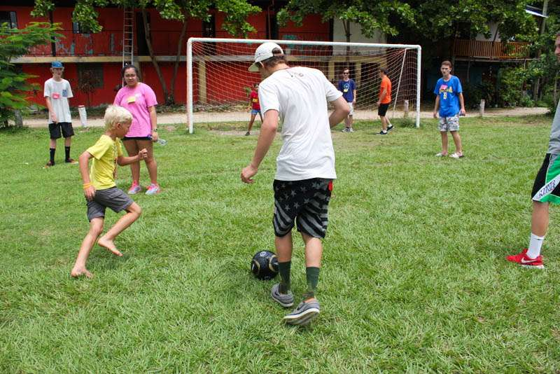 Summer Program - Literacy and Education | Travel For Teens: Costa Rica Surf and Service