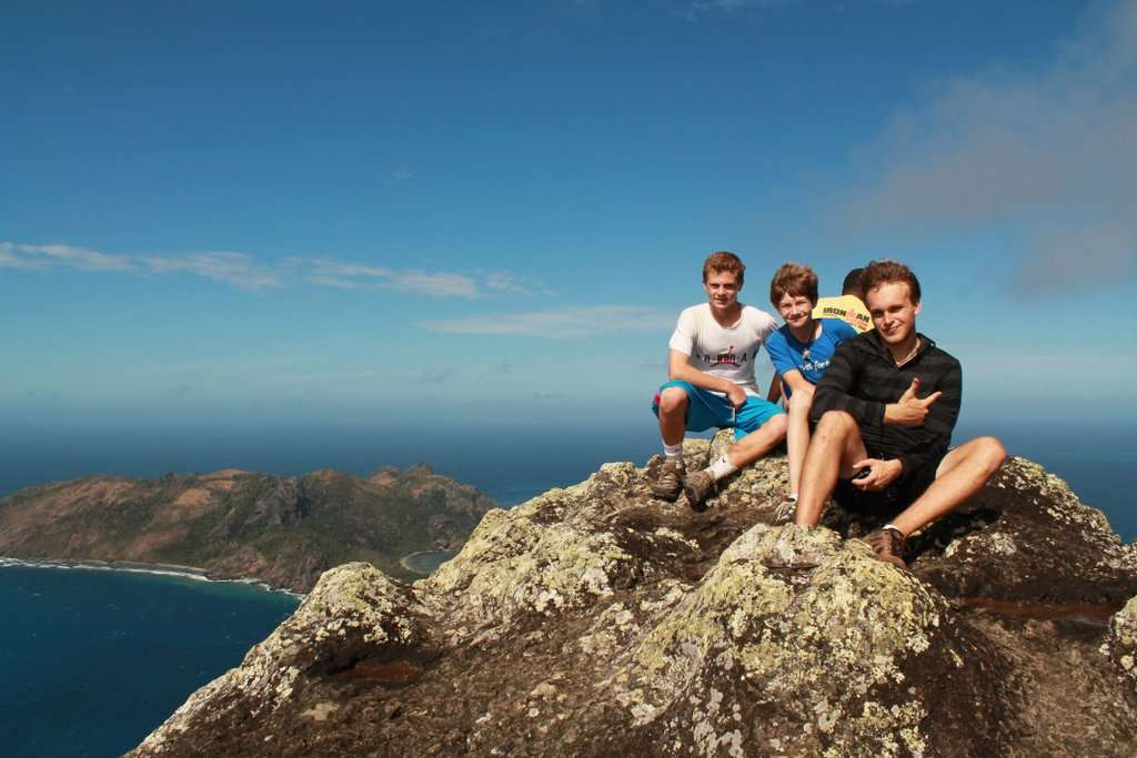 Summer Program - Adventure/Trips | Travel For Teens: Fiji Scuba and Service