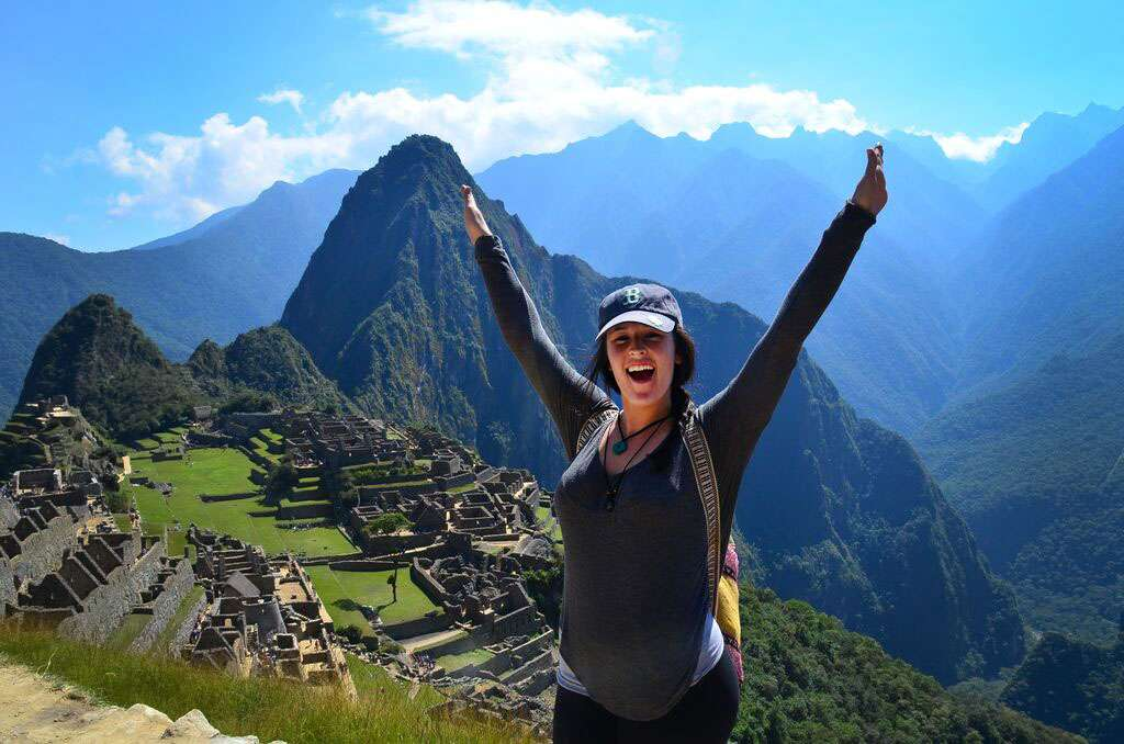 Summer Program - International Relief | Travel For Teens: Peru Service and Adventure