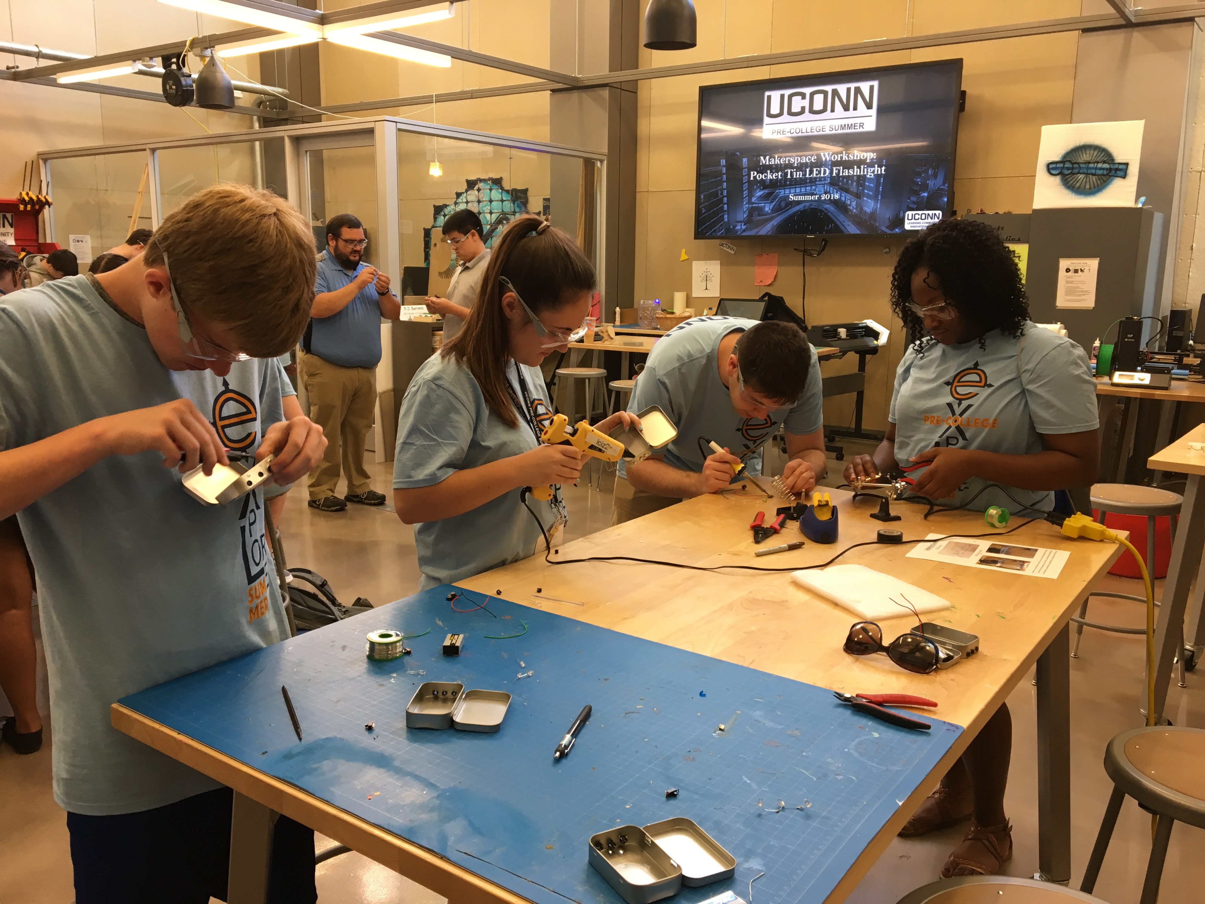 Summer Program - Engineering | UConn Pre-College Summer: Global Engineering