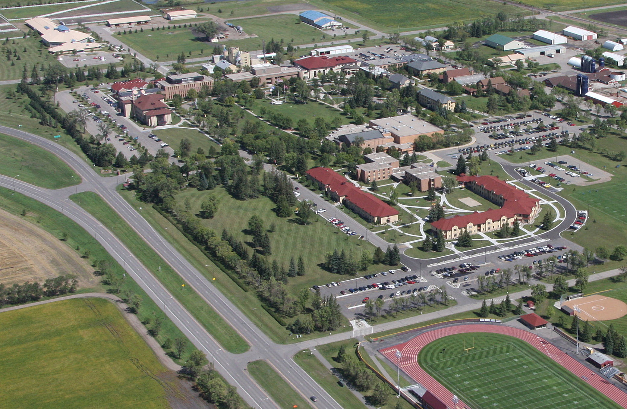 College - University of Minnesota Crookston  2