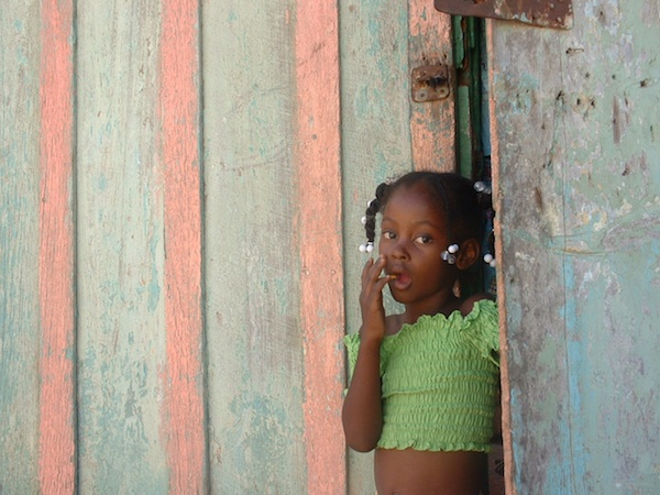 Summer Program - Community Center | VISIONS Dominican Republic High School Service Program