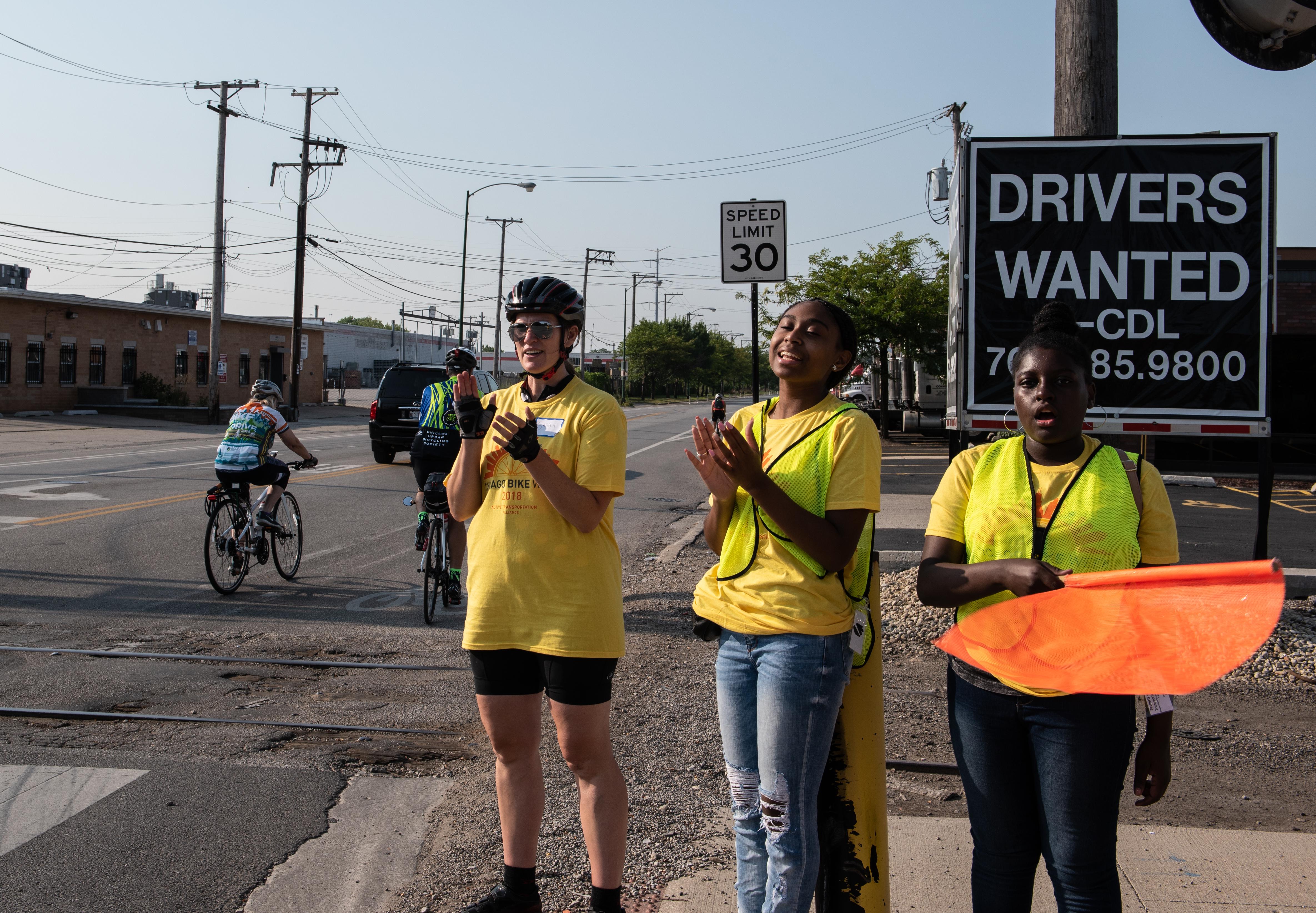 Community Service Organization - Volunteer for Boulevard Lakefront Tour bike ride!  5