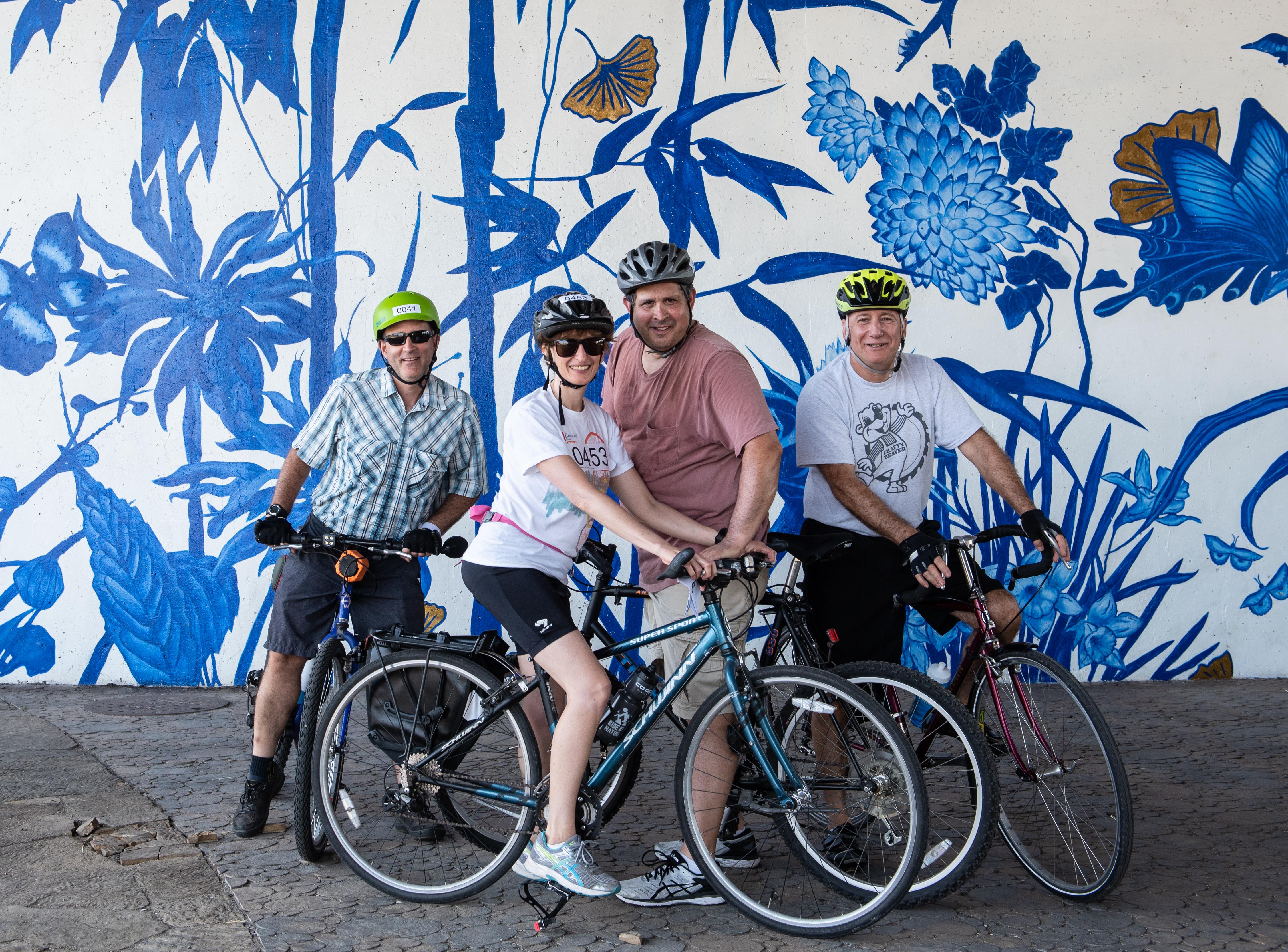 Community Service Organization - Volunteer for Boulevard Lakefront Tour bike ride!  1
