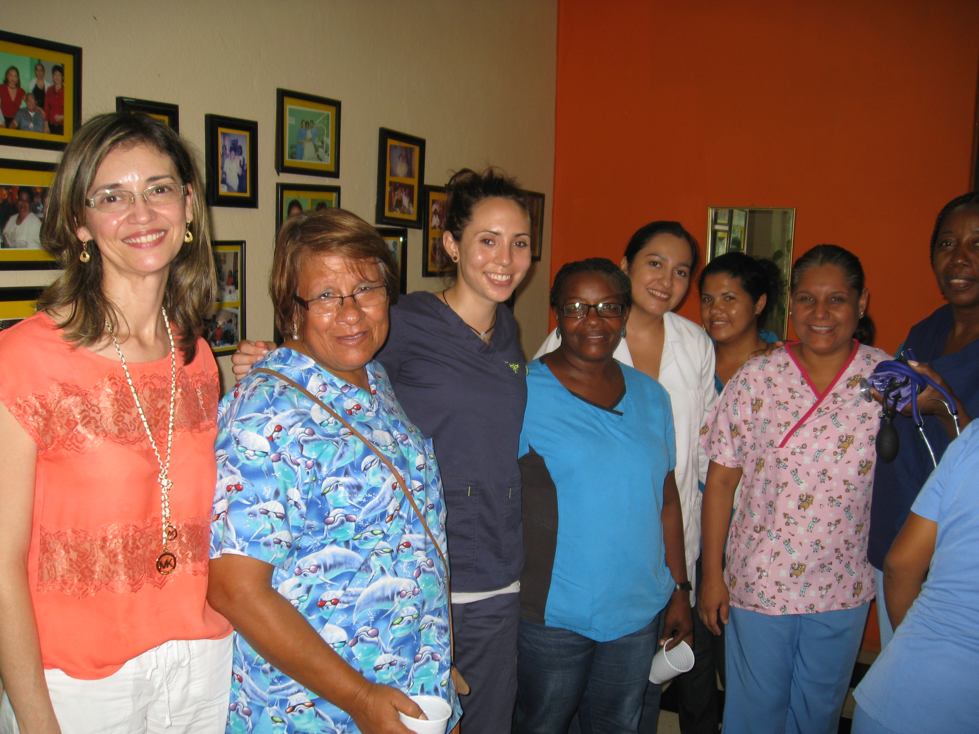 Gap Year Program - Volunteer in HONDURAS - PreMed, PreDental, Orphanage, Teaching and Language Immersion Programs with A Broader View  6