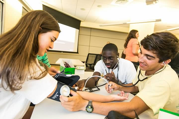 Summer Program - College Experience | Wake Forest University Summer Immersion Programs