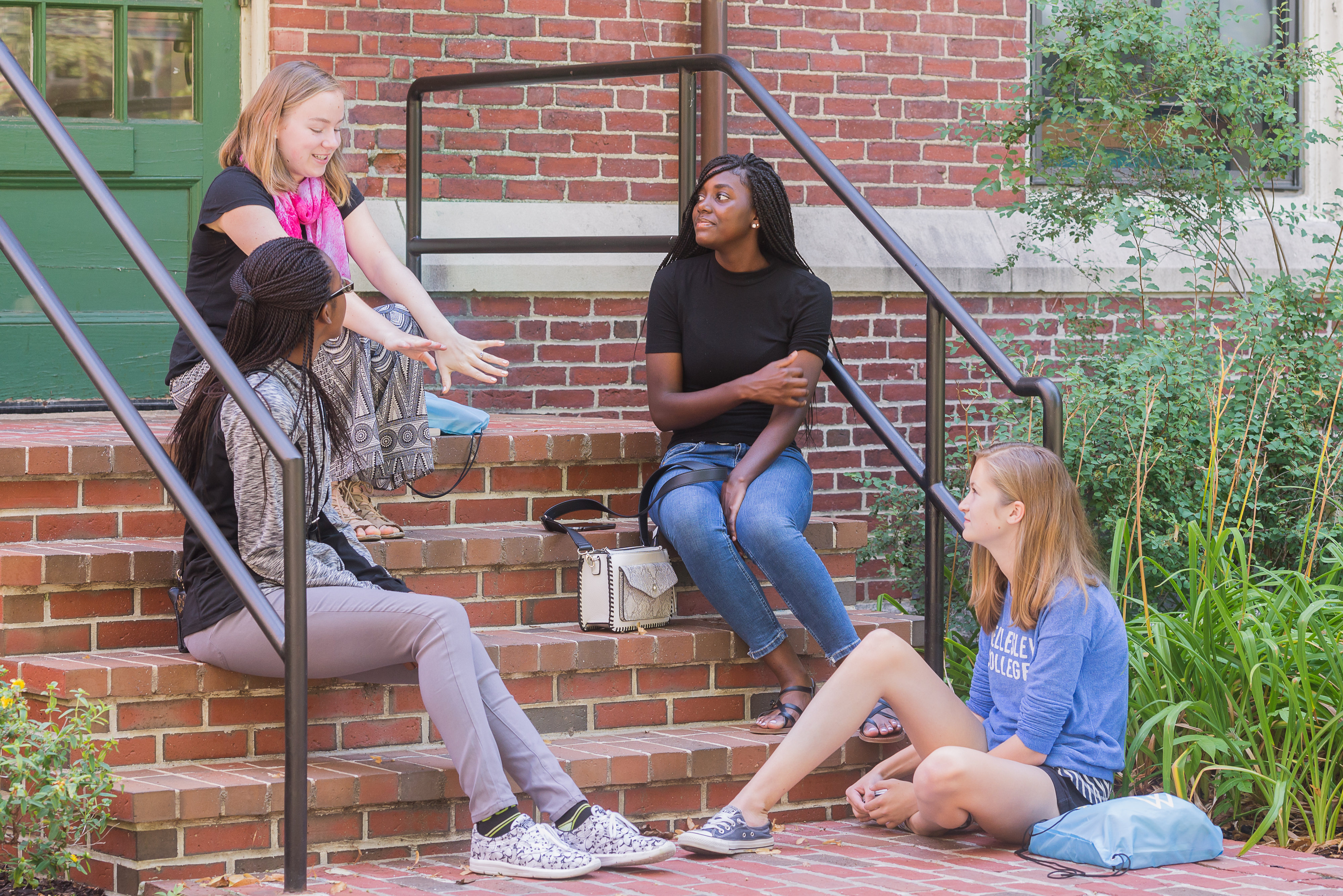 Summer Program - Mathematics | Wellesley Pre-College STEM Exploratory Workshops