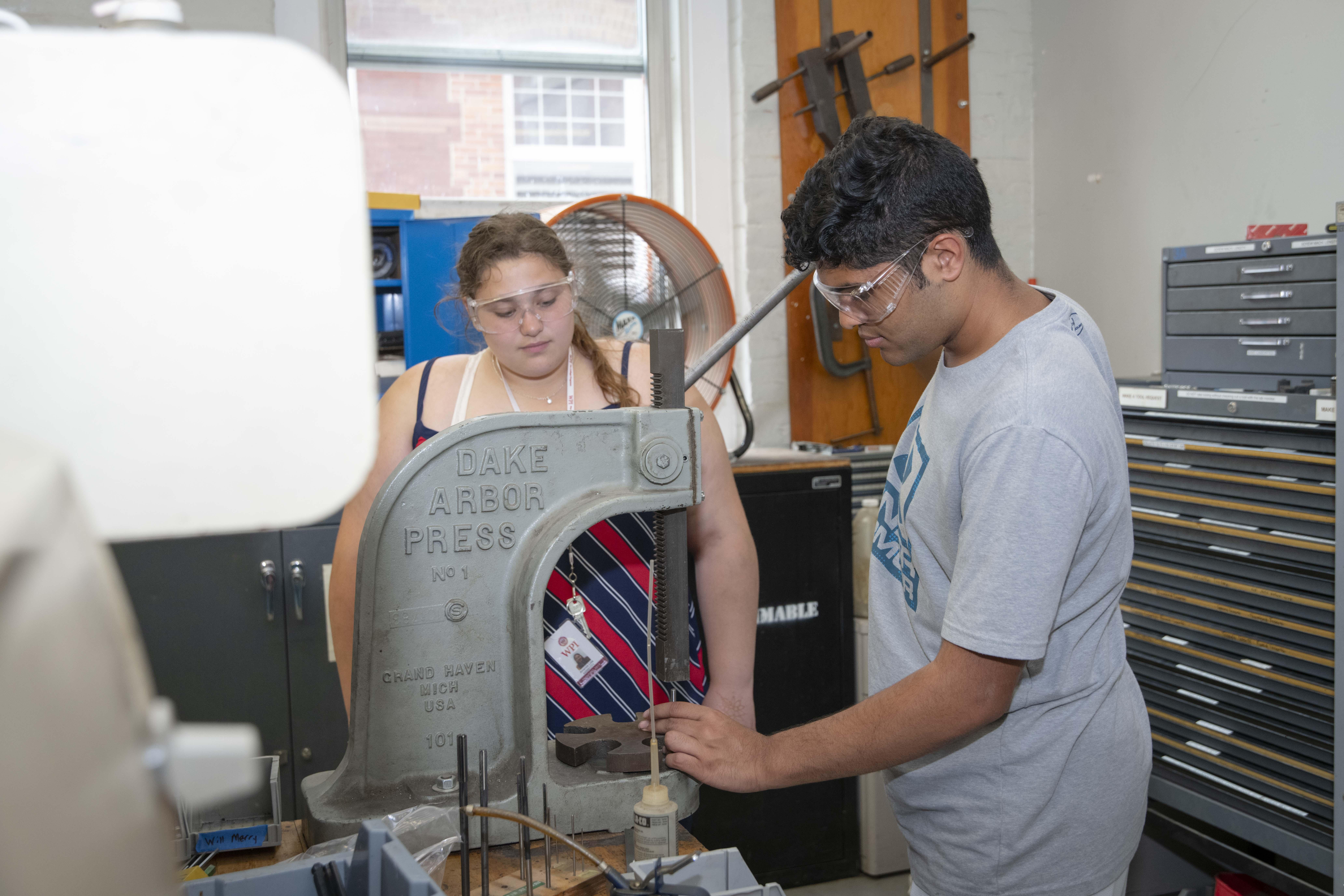 Summer Program - Environmental Science | WPI Pre-Collegiate Summer Programs